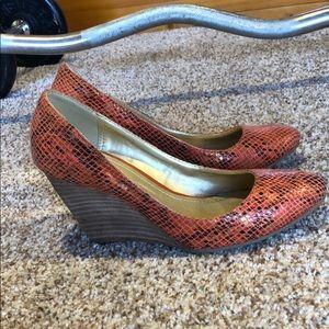 Kenneth Cole snake heels